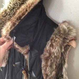 NWOT Montanaco Faux Fur Vest